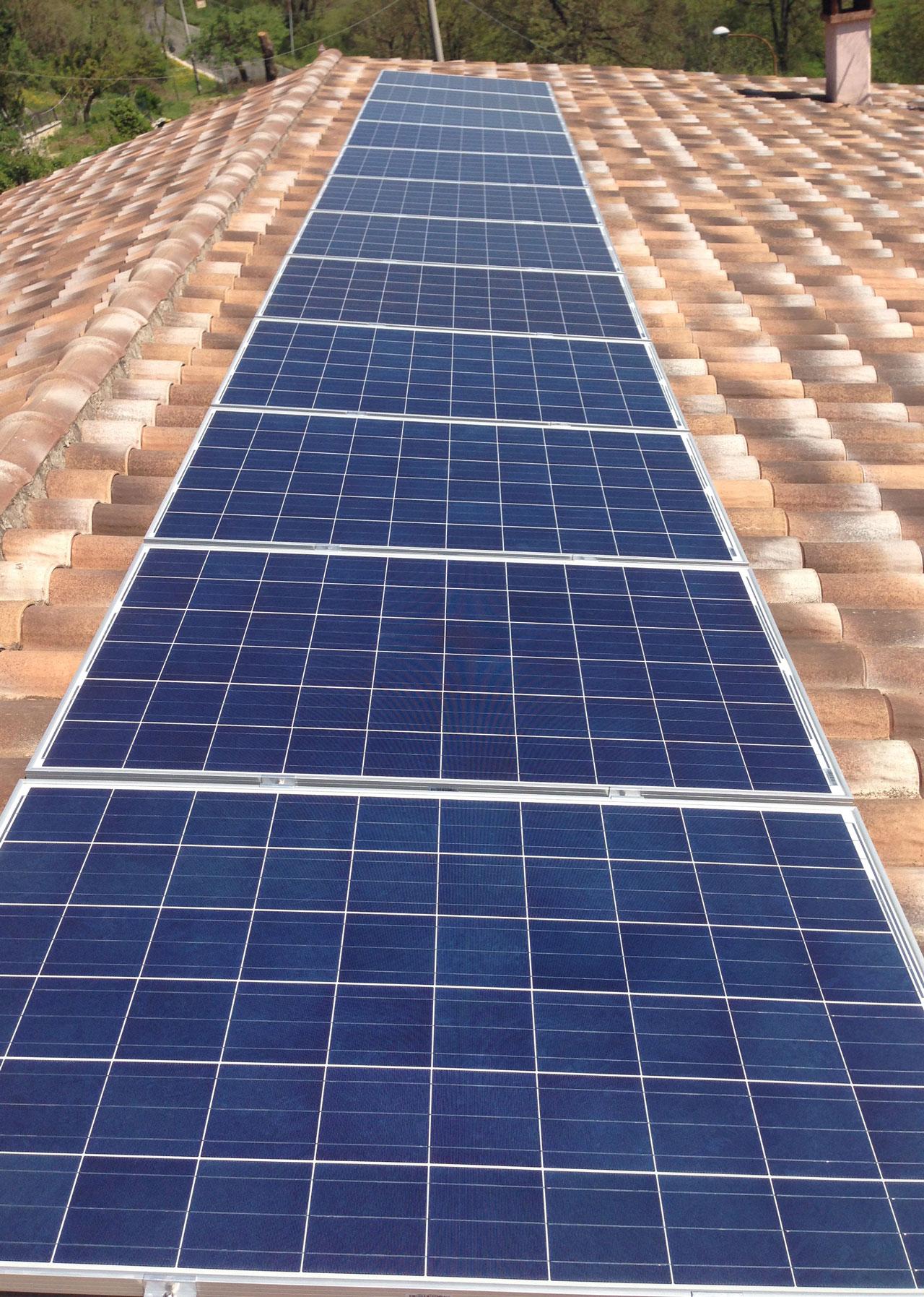 pannelli-fotovoltaici-tetto